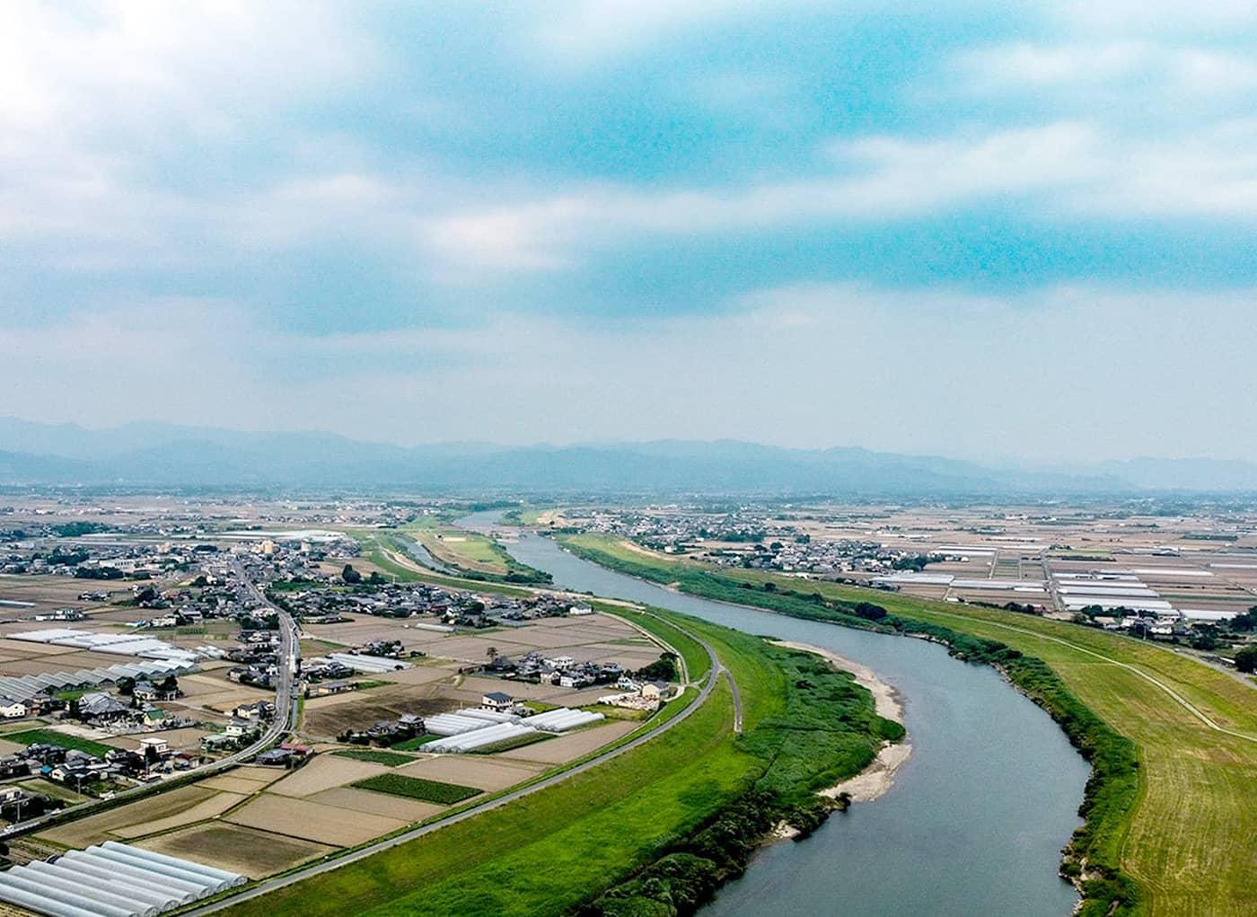 千歳川、一夜川、繁栄と氾濫をもたらす暴れ川